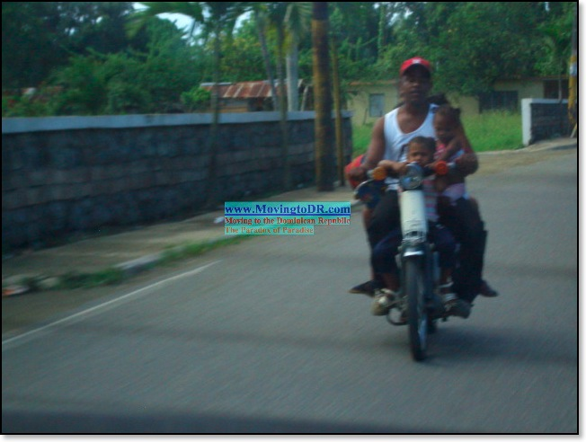 Dominican Republic picture-six people riding a moto